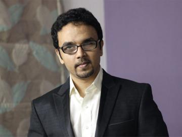 Socaill.in-Pradeep Rajadass